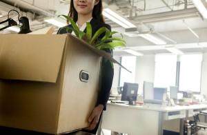 在搬遷的前一天要妥善完成所有物品的打包,留意在紙箱上寫上內容及號碼並註明所屬工作區域。
